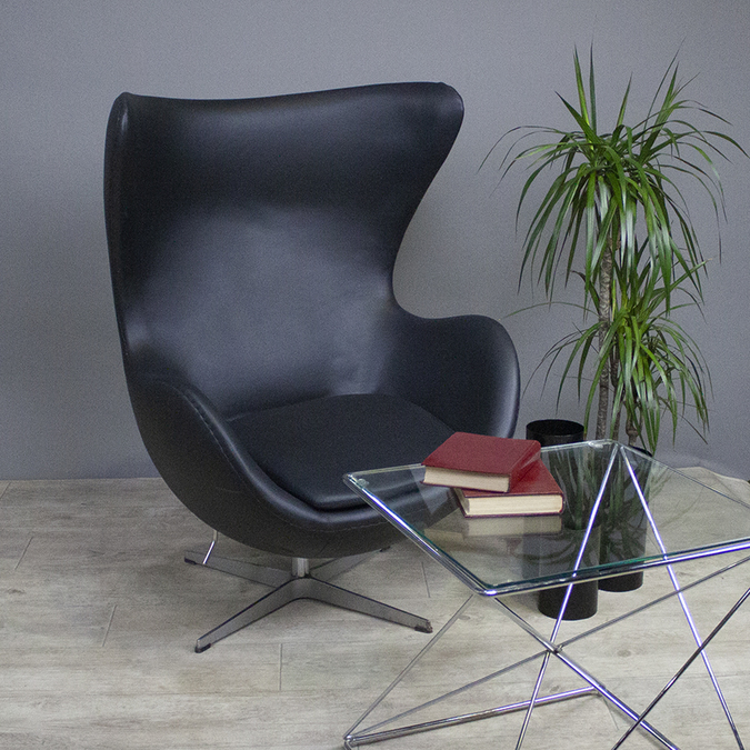 Кресло Egg Chair Black картинка