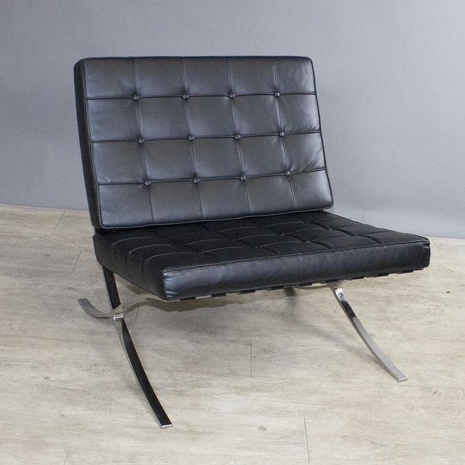 Кресло Barcelona Chair Black фотография